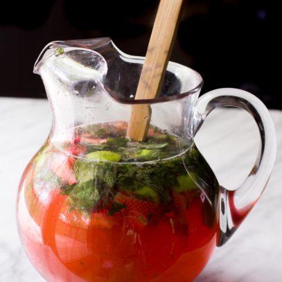Pitcher Strawberry Mojitos
