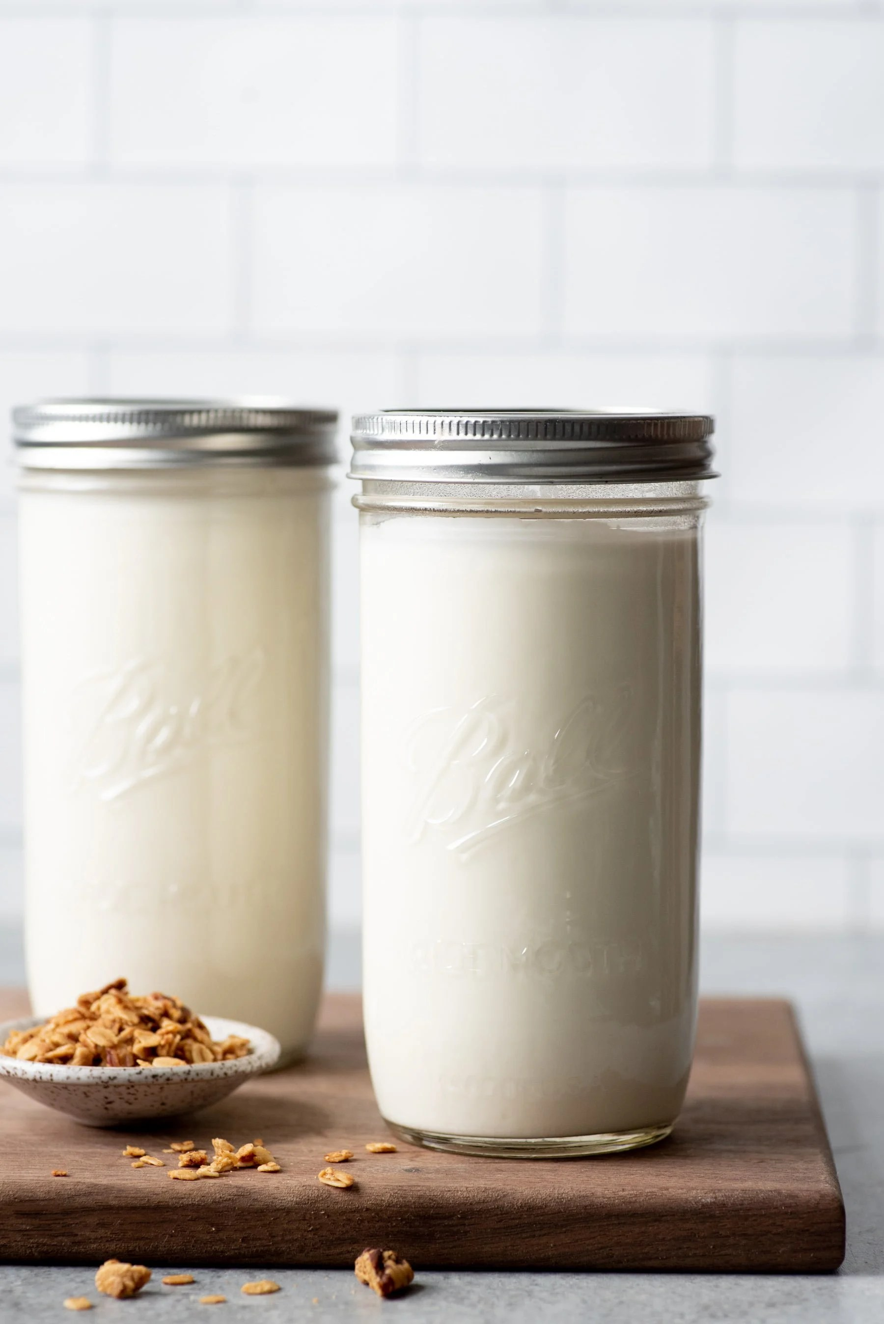 Homemade 24-hour yogurt in two glass jars