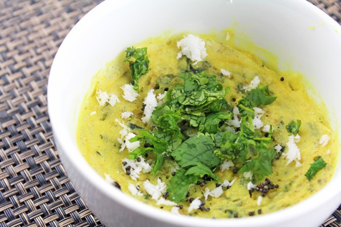 Microwave-Khaman-Oats-Dhokla-With-Spinach