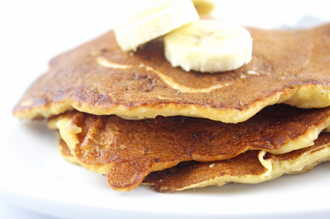 Whole-Wheat-Banana-Pancakes-4