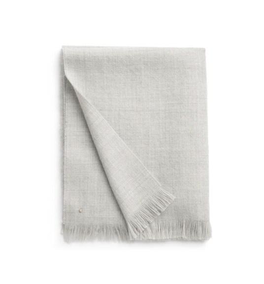 cuyana-alpaca-scarf-gray