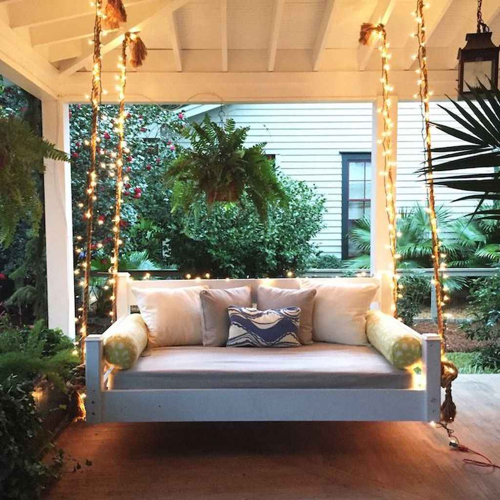 14 hang relaxing front porch swing decor ideas