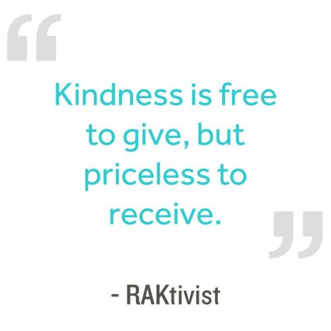 26 acts of kindness examples