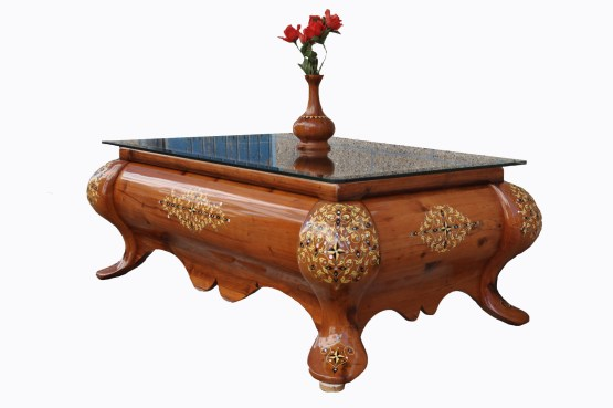 Traditional table made of Thuya wood TW01T-3446