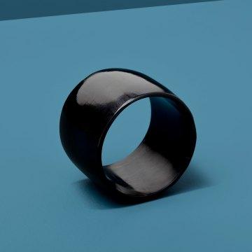 Black Horn Napkin Ring