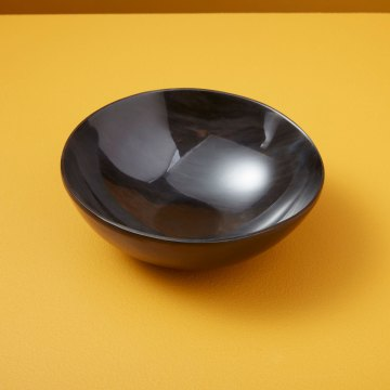 Horn Bowl Plain Medium