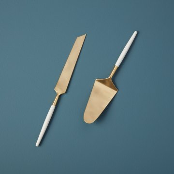 White & Gold Cake Lift & Knife Set