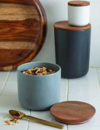 Stoneware Container with Acacia Lid, Storm, Extra Large 2