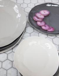 Stoneware Flat Plate White Medium 2