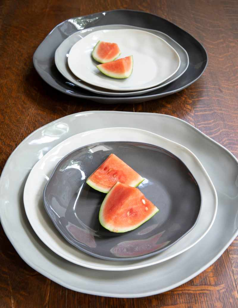 Stoneware Flate Plate Slate Medium