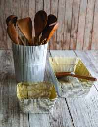 White & Gold Wire Tall Basket 2