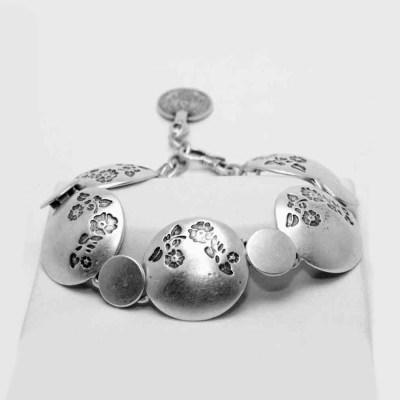 Flower metal print bracelet