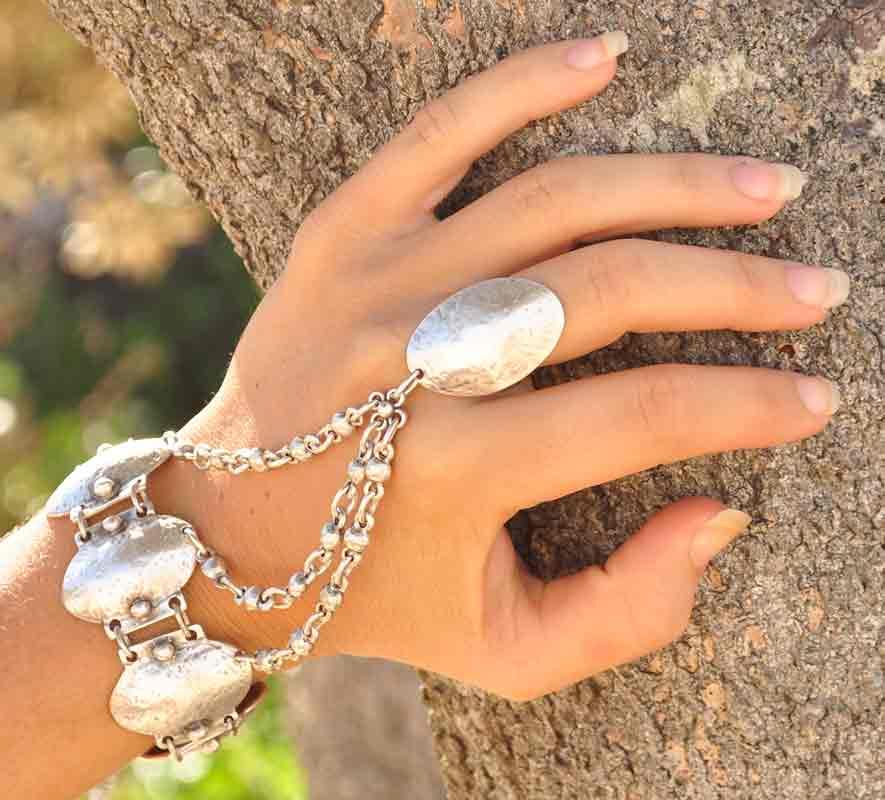 Ring bracelet 3228