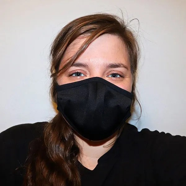 wholesale cloth face mask testimonial girl