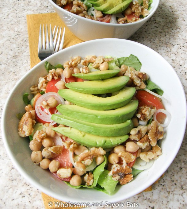 Mixed Greens with walnuts Avocado and Chickpeas