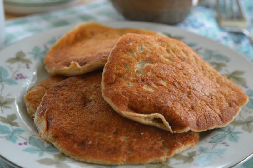 Fluffy Oat Flour Pancakes! 4