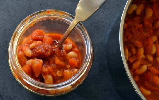 How Cheap Is It To Make Your Own Baked Beans?