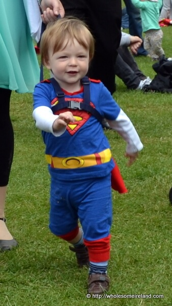 Super Man - Coming Through!
