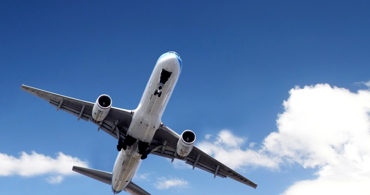 10 Airplane Travel Tips