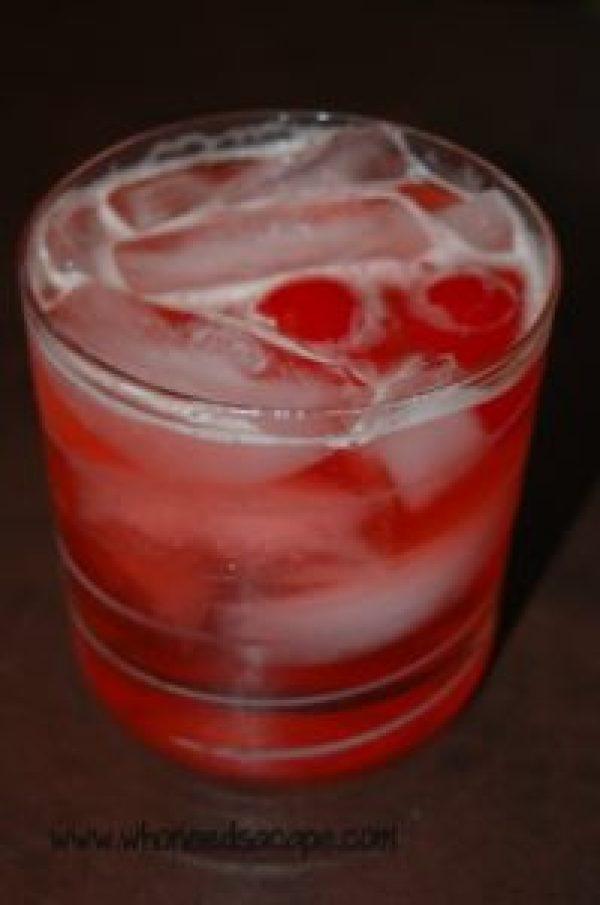 Sweet Mahanttan Fizz Cocktail  Who Needs A Cape?