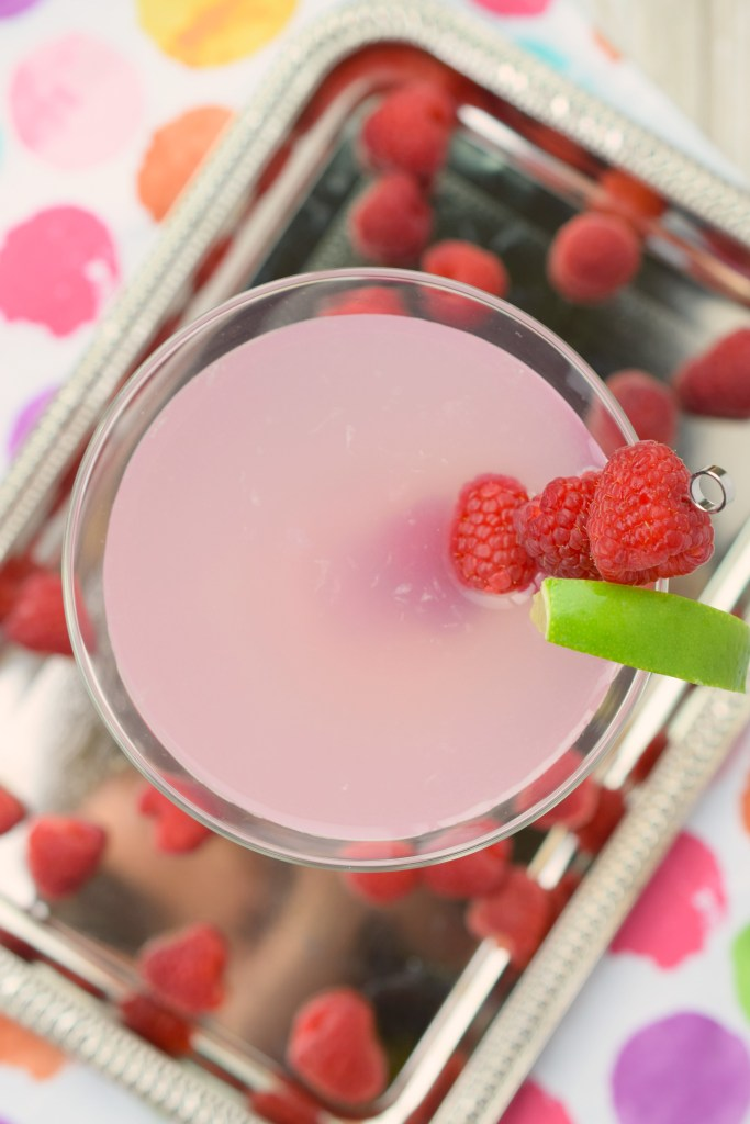 This Starburst Martini is a fun and flavorful cocktail that will remind you of the light pink Starburst candy. Super yummy, you'll love the flavor, perfect for summertime.