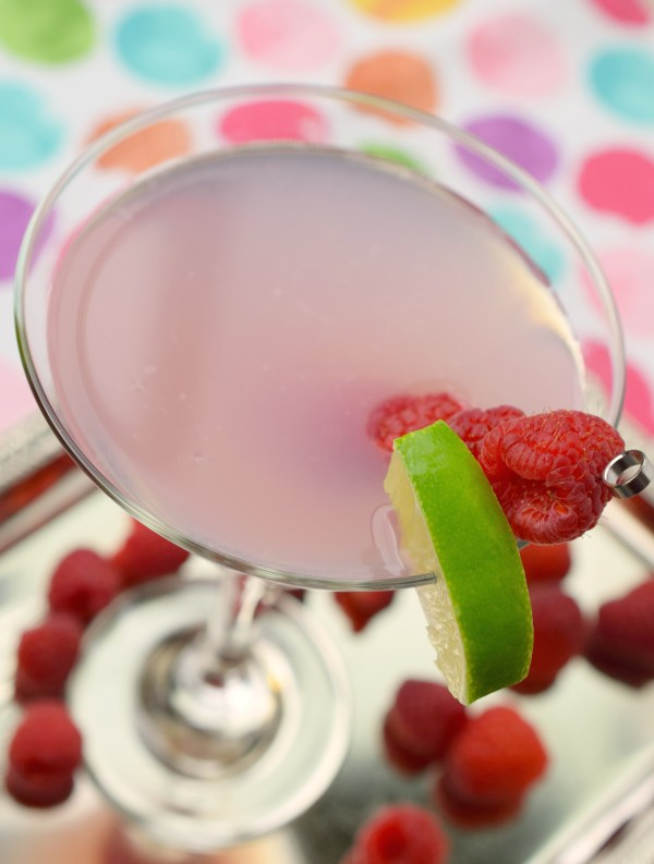 This Starburst Martini is a fun and flavorful cocktail that will remind you of the light pink Starburst candy. Super yummy, you'll love the flavor. Perfect for summer parties.