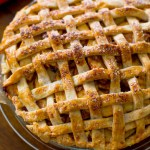 Salted-Caramel-Apple-Pie-8