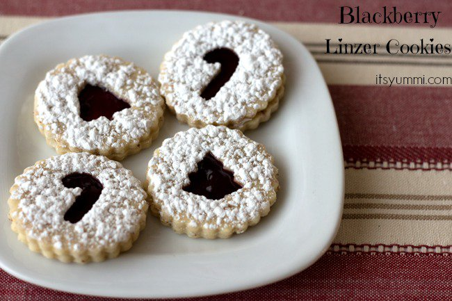 Blackberry-Linzer-Cookies-from-ItsYummi