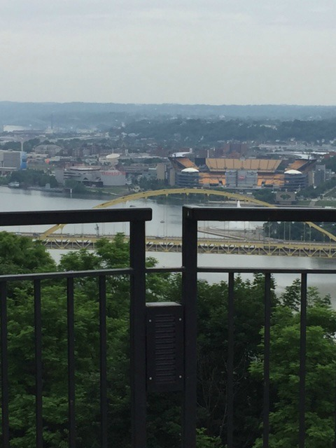 Girls Guide To Pittsburgh 3