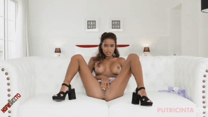 Putri Cinta is an Indonesian porn star born in 1996