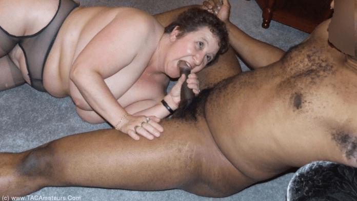 Kinky Carol hot granny porn