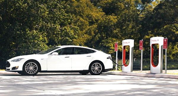 Tesla Hits New Milestone Installing 2,000 Tesla Superchargers Worldwide