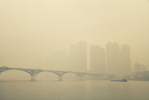 Chinese Air Quality Wildly Viral Smog Documentary Hailed Then Banned by Chinese