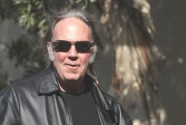 Neil Young: Say No to GMOs on 'Behalf of All Living Things'