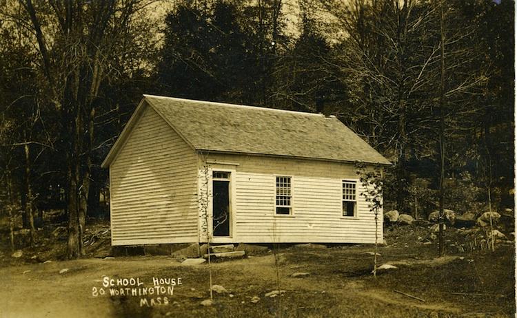 South-Worthington-schoolhouse-LR