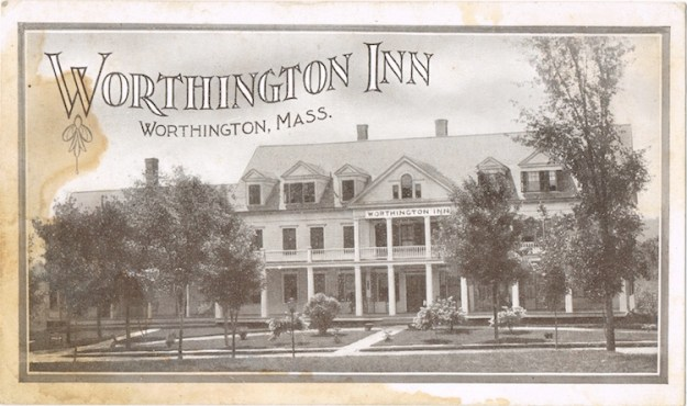 Worthington-Inn-6-LR