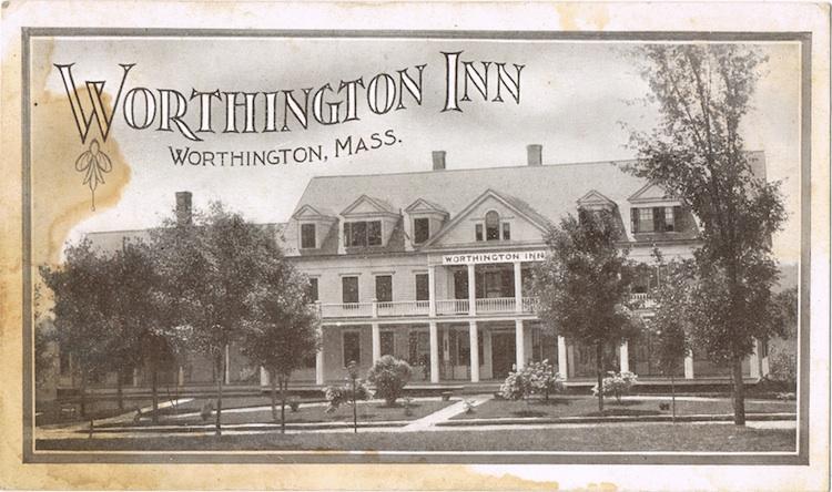 Worthington-Inn-6-LR