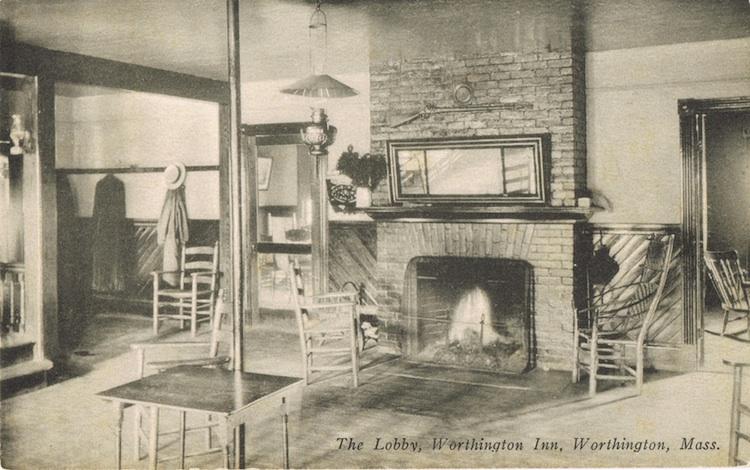 Worthington-Inn-9-lobby-LR