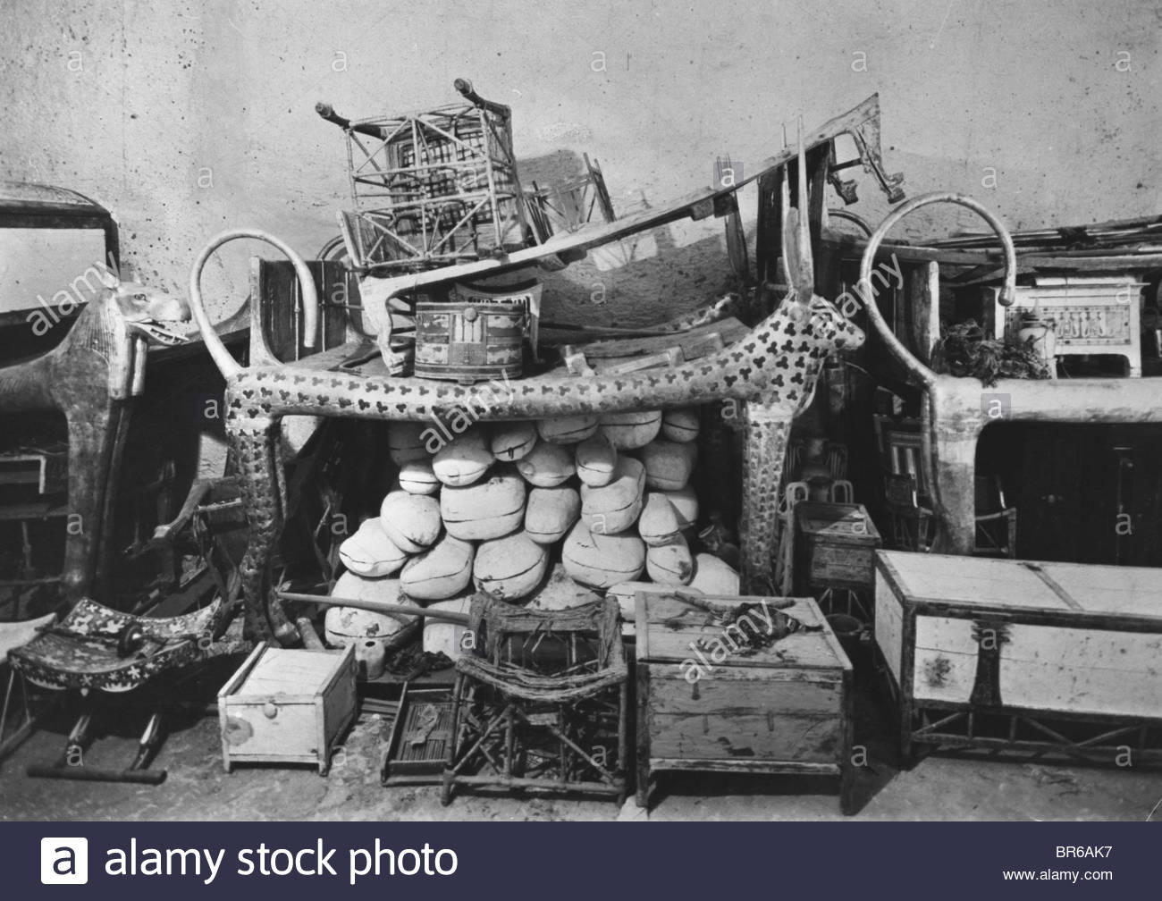 Howard Carter Discovered Tutankhamuns Tomb In The Valley