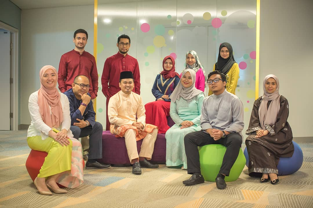 Nothing much to see here…… only the awesome people of BIT in 2019 Raya outfit!