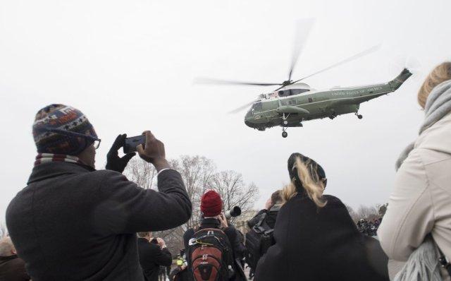 obamas-flight-diverted-stormy