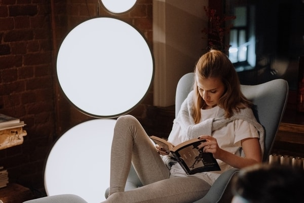 Why Proper Lighting Is Important While Reading