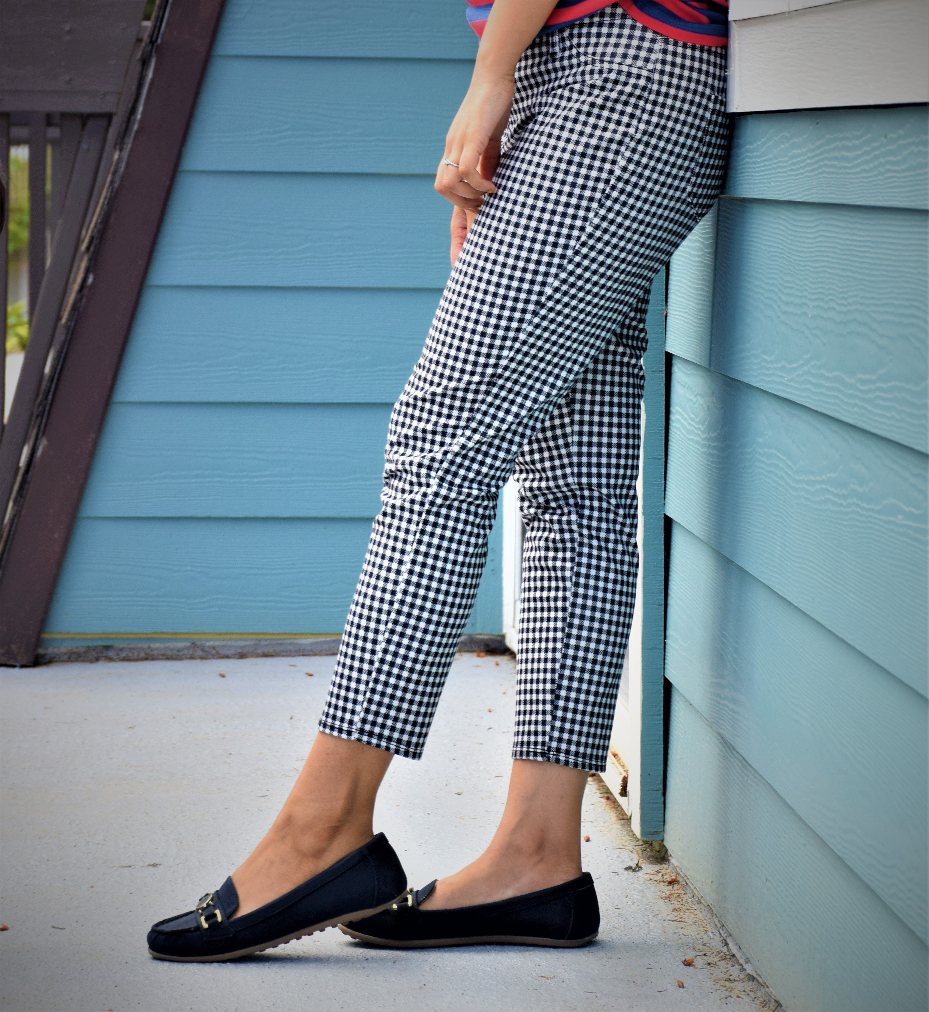 How to style gingham pants for a casual day look! – WhyToStop