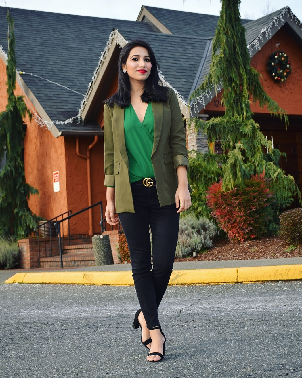 https://www.lookbookstore.co/products/army-green-lapel-side-pocket-slim-blazer
