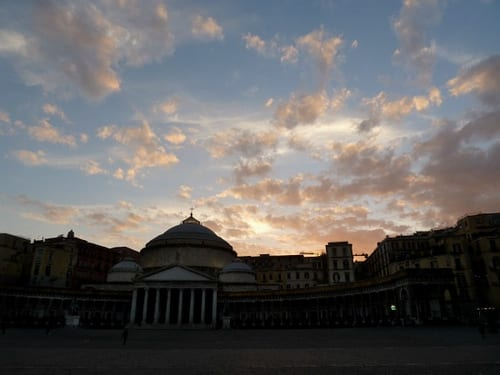 Naples In 1 Day, 2012, Travel Smart And On Budget, Visit The Most Important Monuments In As Little A
