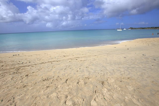 White Sand Beach in the Caribbean - How to Travel the Caribbean on a Budget