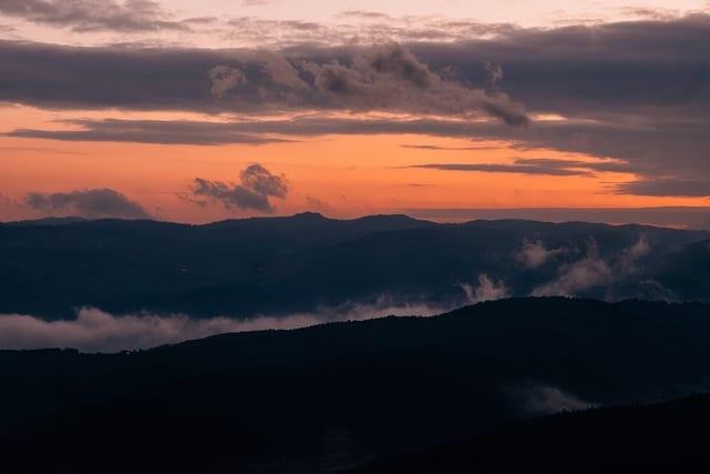 Sunrise in Bosnia - Driving in Bosnia