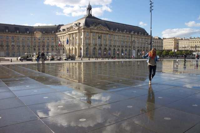 Dancing in Wine Heaven - A Guide to Bordeaux