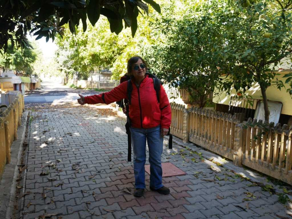 A Woman Hitchhiking in Turkey - Positive Experiences in Muslim Countries
