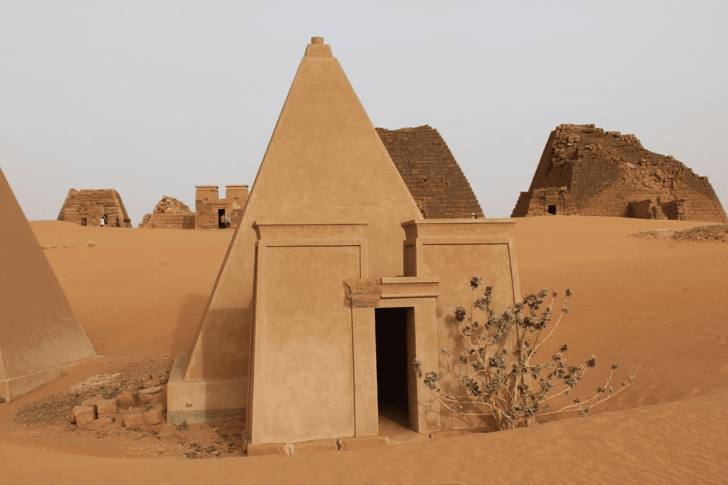 Pyramids of Sudan - Positive Experiences in Muslim Countries